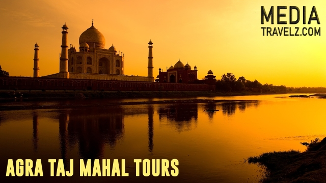 agra taj mahal tour booking tempo traveller in chandigarh delhi