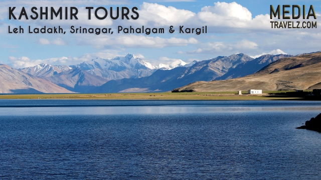 book luxury tempo traveller on rent in chandigarh for kashmir tour travels