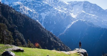himachal tour package triund hill trek