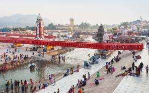 Book Taxi from Gurgaon to Haridwar
