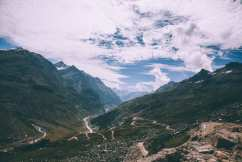 rohtang pass taxi contact